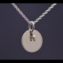 Perle in Silberfassung